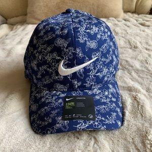 NWT! Nike golf Aerobill99 blue hat